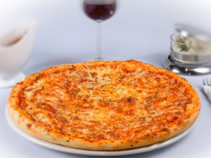pizza-bolognese-kjbedrzs