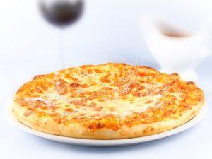 pizza-quattro-formaggi-akupehyy